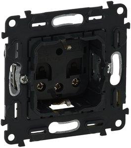 Фото Legrand In'Matic 753028 Розетка с заземляющим контактом (16 А, механизм, з/к, винт. зажимы 6 мм², шторки, скрытая установка)