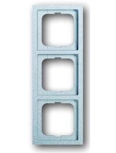 Фото ABB Future Linear 2CKA001754A4533 Рамка 3-постовая (алюминий)