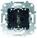 ABB Niessen 8188.6 Розетка SCHUKO с заземлением (16 А, безвинт. клеммы, механизм, с/у, шторки)